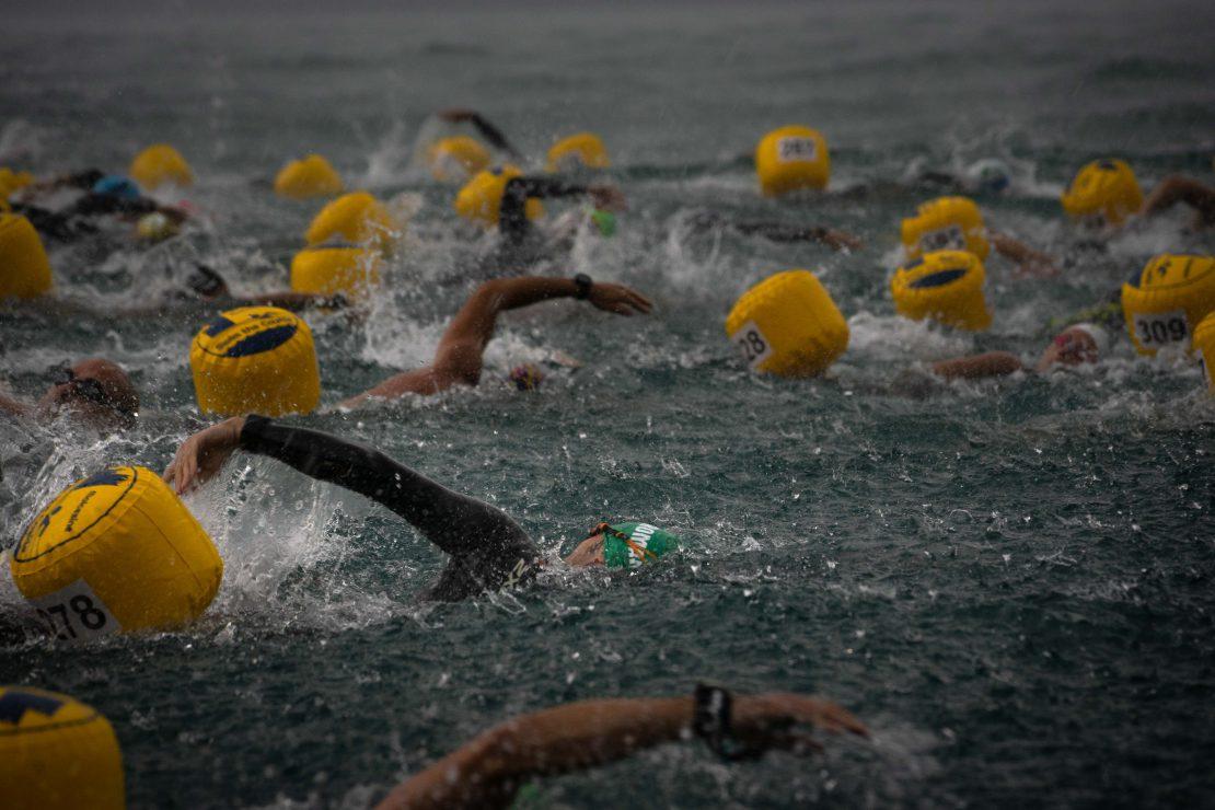 gara nuoto sportivo lago di garda