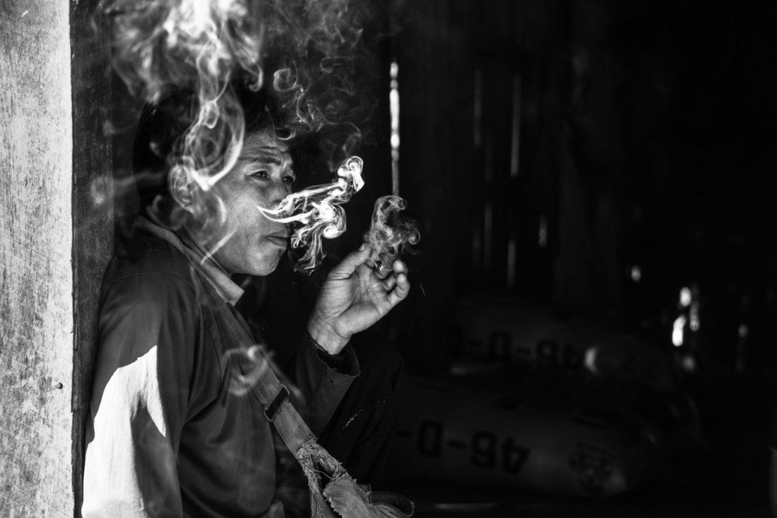 karen che fuma